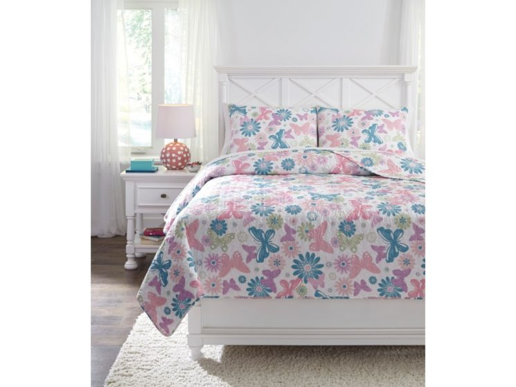 Gray Patterned Quilt | Bed Bath And Beyond Queen Bedding Sets | Quilt Sets